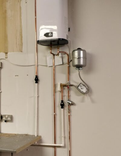 Side view of Water Heater